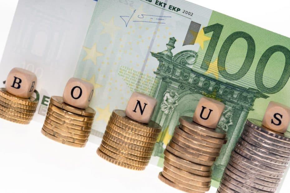 Geld Münzen Bonus 100 Euro Schein